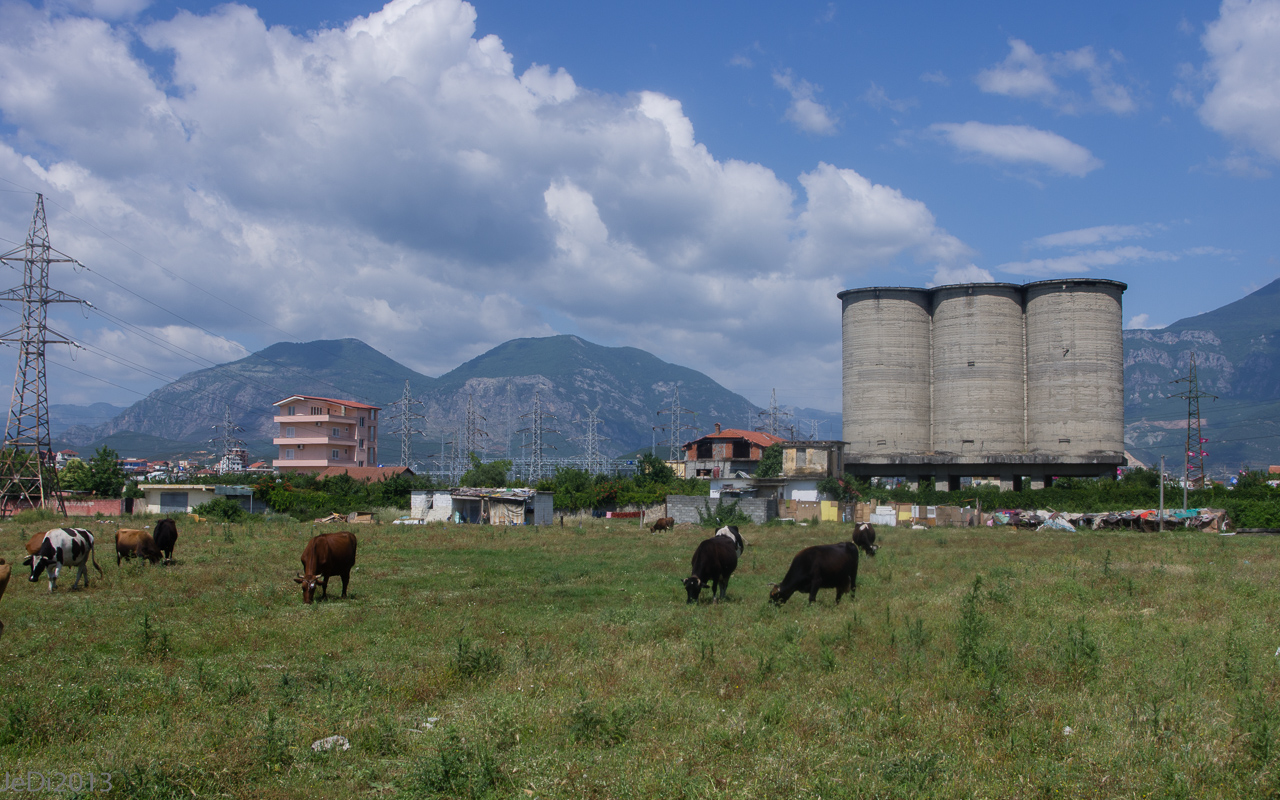 http://dso.allesfreaks.de/reiseberichte/201306-Balkan/20130613-IMGP5956JeDiklein.jpg