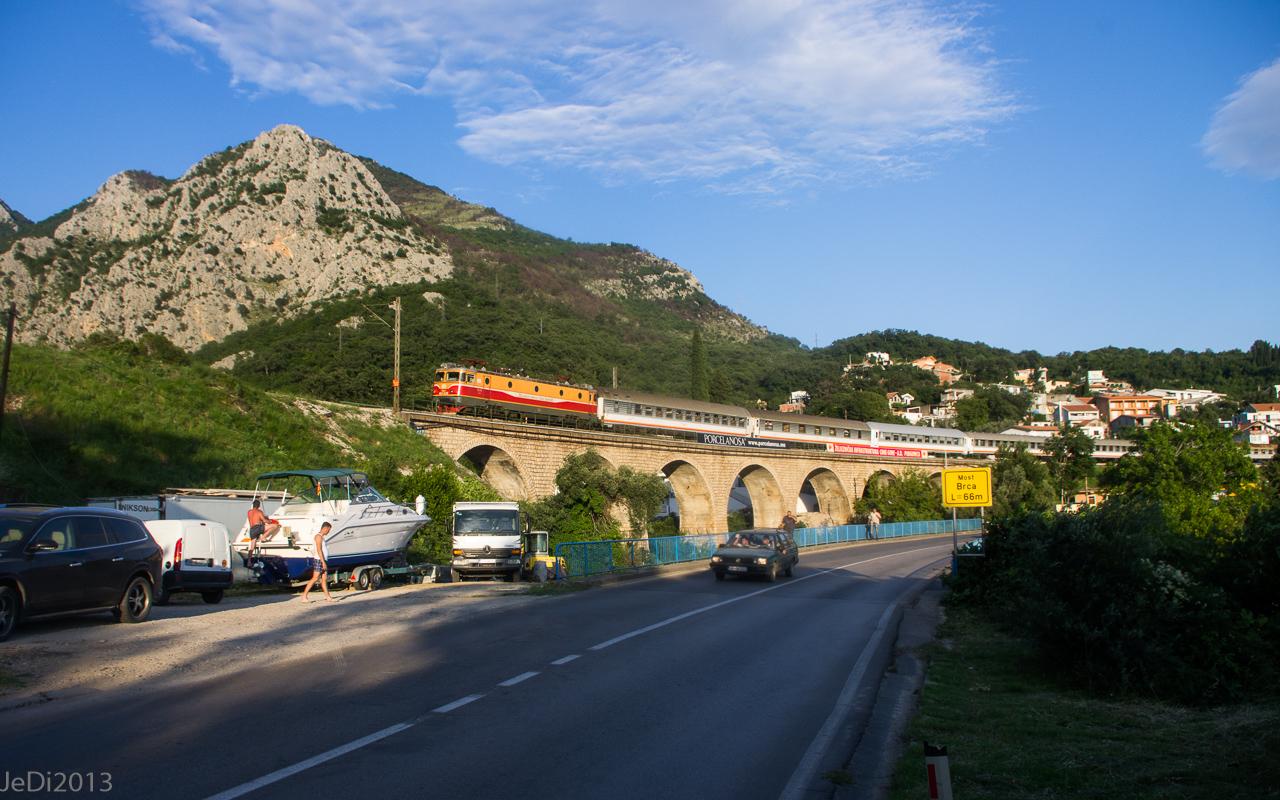 http://dso.allesfreaks.de/reiseberichte/201306-Balkan/20130613-IMGP6039JeDiklein.jpg