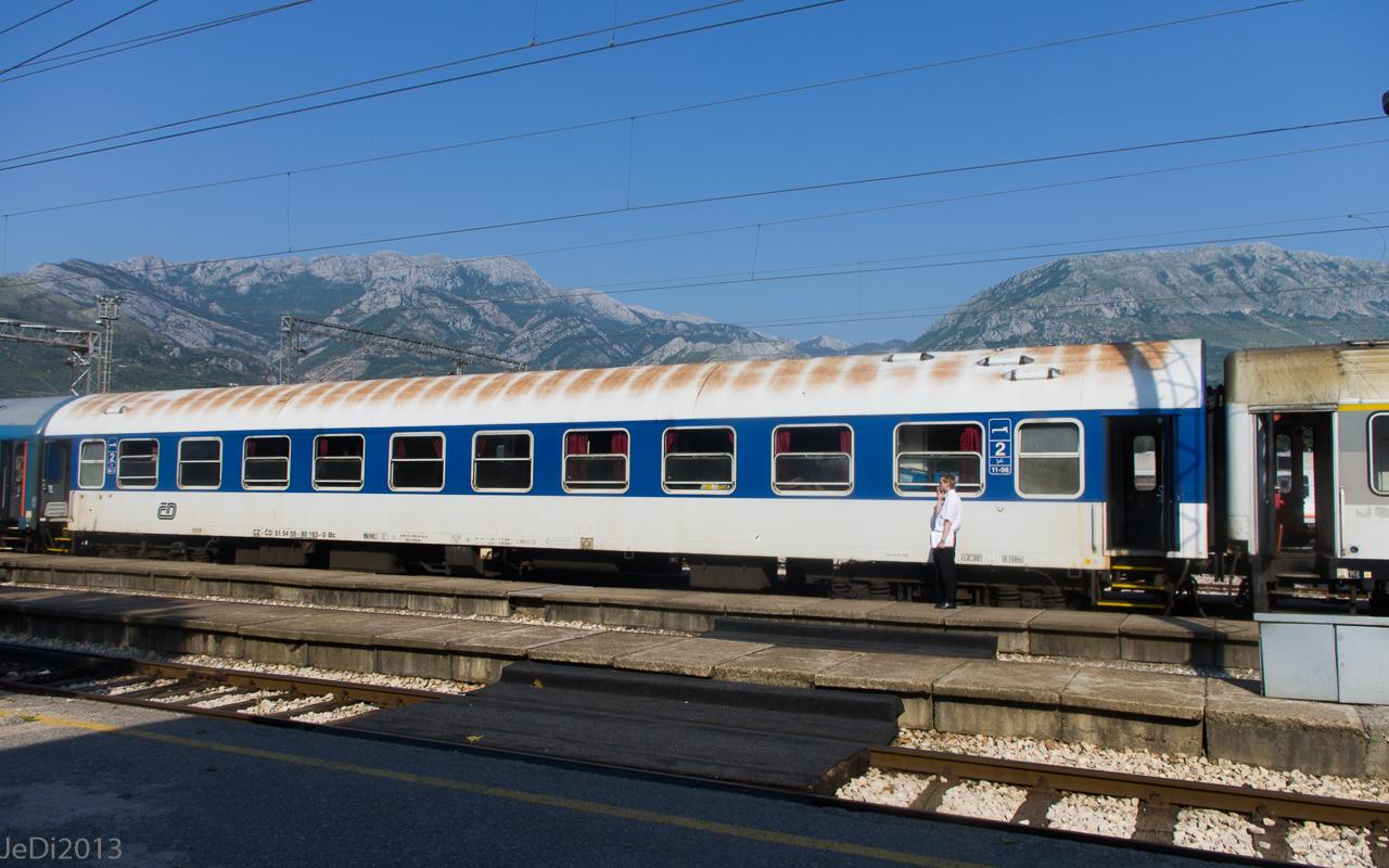 http://dso.allesfreaks.de/reiseberichte/201306-Balkan/20130615-IMGP6355JeDiklein.jpg