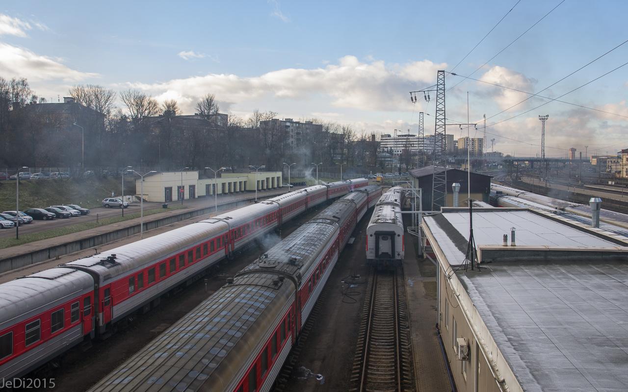 http://dso.allesfreaks.de/reiseberichte/2015-Fahrplanwechsel/20151215-IMGP2472JeDiklein.jpg